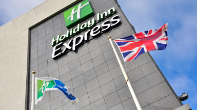 Death: Body of man found in room at Holiday Inn Express in Hamilton.