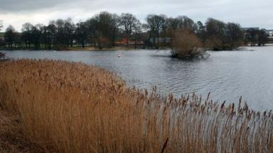 Carlingwark Loch: Car plunged 20 metres into the water.