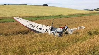 Crashed microlight in field near Insch in Aberdeenshire by Colin Wight (STV News)