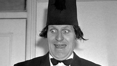 Thousands of Tommy Cooper jokes, some never used, have been bought by the V&A.