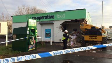 Dumper truck crashed into the side of the Co-op, Kirkcaldy