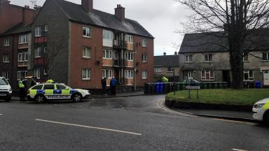 Siege at flat in Newhouse Stirling, in which man was arrested. image from STV