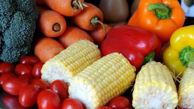 Researchers advise eating 10 portions of fruit and veg a day