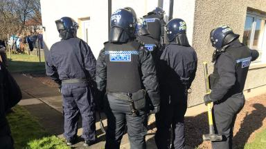 Levenmouth police raid houses in Methil, £10K in drugs seized. March 10 2017