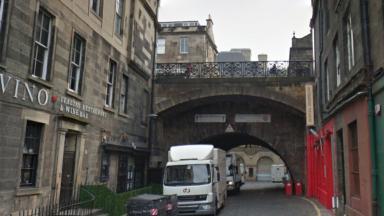 Merchant Street Edinburgh George IV bridge soldiers threw sandbags March 16 2017