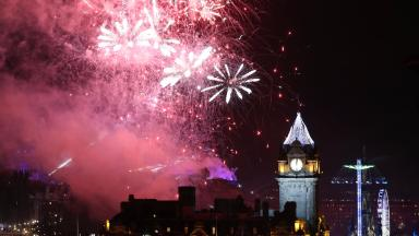 Fireworks light up the sky during the Hogmanay New Year celebrations in Edinburgh 2016 2017 quality generic