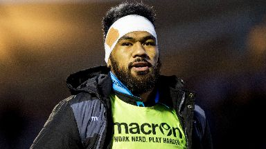Alainu'uese: Second row signs on the dotted line