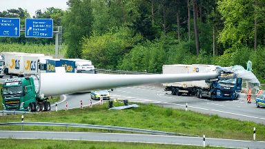 Giant wind turbine blade collapses on German motorway after truck crash