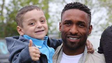 Teen questioned by police after Bradley Lowery is trolled on social media