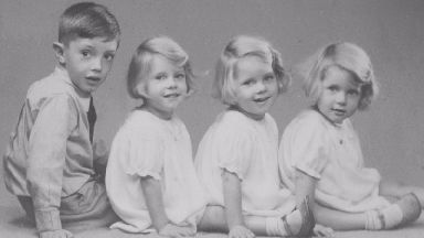 Britain's oldest triplets celebrate 80th birthday