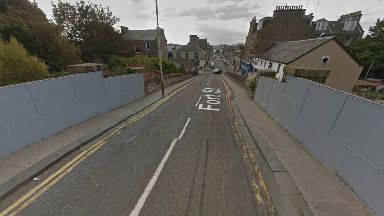Fort Street: The man exposed himself on a bridge. Broughty Ferry