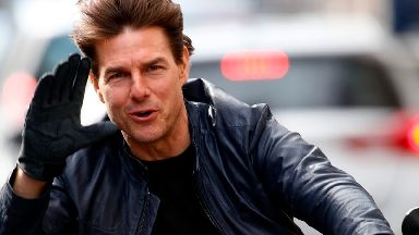 Tom Cruise apparently injured during stunt for Mission: Impossible 6