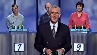 William G Stewart paid £200 to develop a BT salesman's idea for the Fifteen to 1 quiz show.