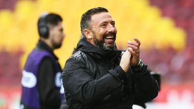 Derek McInnes celebrates his side's 1-0 win at Fir Park.