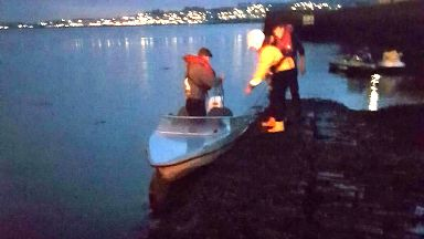 Two men aborrd small boat rescued off Tayport October 20 2017
