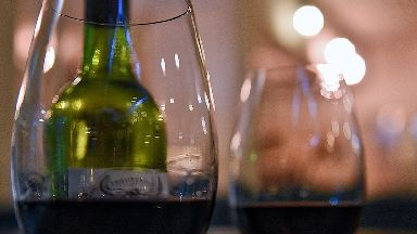 Global wine production has fallen to an historic low, the industry's body has said.