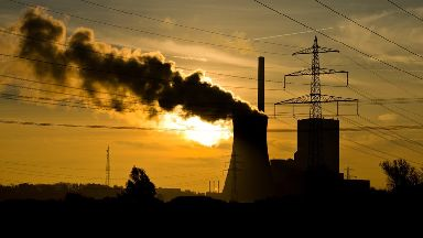 CO2 levels 'rose at record-breaking levels' in 2016.