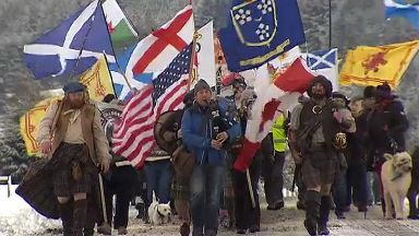 Protesters at Culloden battlefield on 9/12/17
