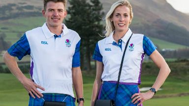Andrew Butchart and Lynsey Sharp show off Team Scotland uniform for 2018 Commonwealth Games.
