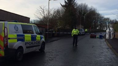 Adelaide Place: Man taken to hospital. Dundee