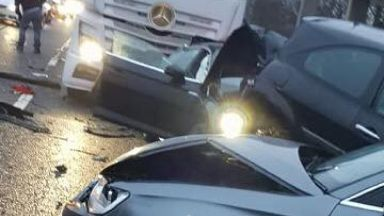 Kirkcaldy: Chapel roundabout blocked.