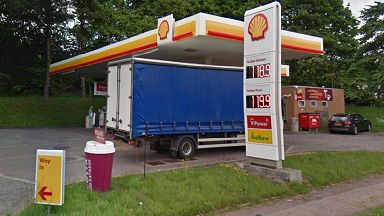 Northern Lights Filling Station / Shell in Aberdeen