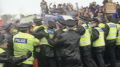Archive images of Timex strikes in Dundee, 1993.