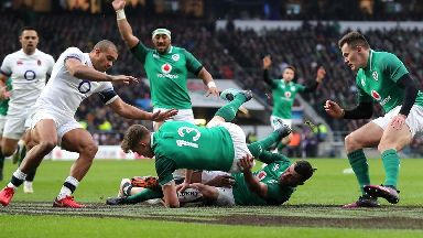 Ireland beat England at Twickenham to earn Grand Slam
