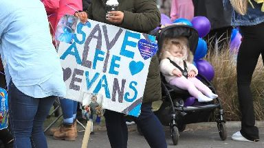 Alfie's parents lose last-ditch court appeal in fight for treatment