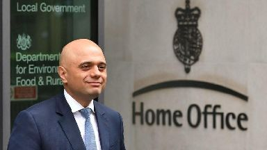 Home Office makes contact with three in Windrush 'wrongful removals' probe