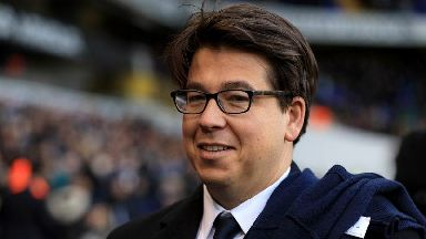 Moped thugs 'target comedian Michael McIntyre on the school run'