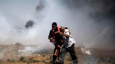 Hundreds hurt by Israeli forces during fresh Gaza protests