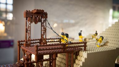 Lego Brick Wonders exhibition.
