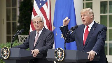 Trump and EU leaders pull back from trade war and agree to more talks