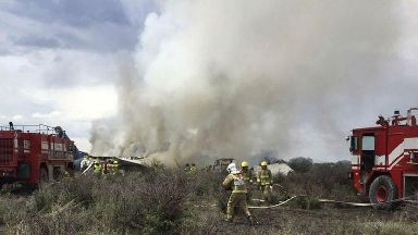 Thirty-seven injured after airliner crashes in northern Mexico