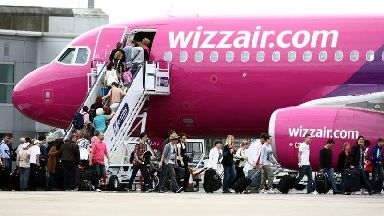 Which airline has the worst punctuality record?