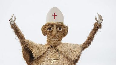 Giant scarecrow version of Pope is star of festival