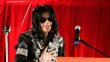 Fans remember Michael Jackson on King of Pop's 60th birthday
