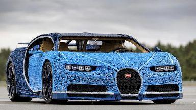 Lego: Bugatti Chiron facsimile.