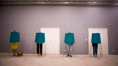 Far-right anti-immigrant party 'wins one in five votes' in Swedish election