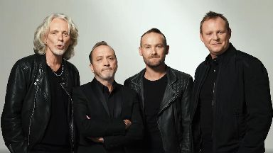 Wet Wet Wet announce Kevin Simm as Marti Pellow's replacement