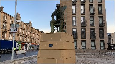Charles Rennie Mackintosh statue