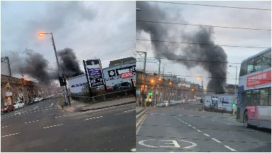 Fire breaks out at warehouse near Glasgow Central train station bridge January 2019