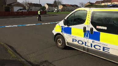 Holytown: Man died in hospital after stabbing. Murder Sunnyside Crescent