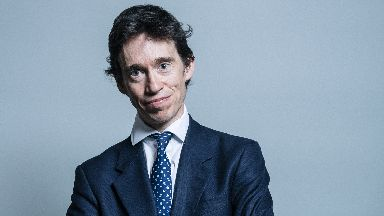Official portrait of Rory Stewart.