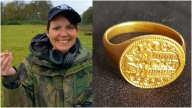 Michelle Vall Loch Lomond gold ring