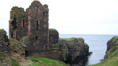 Sinclair Castle: Emergency services were called.