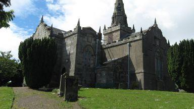 Church: The graveyard flooded. Largo and Newburn Parish Church in Fife