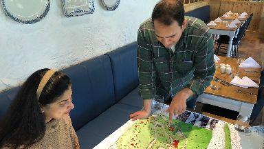 Sanjay Narang and his sister Rachna