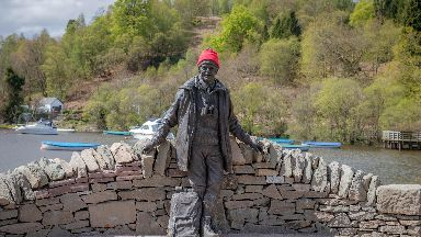 Statue of TV outdoor enthusiast Tom Weir